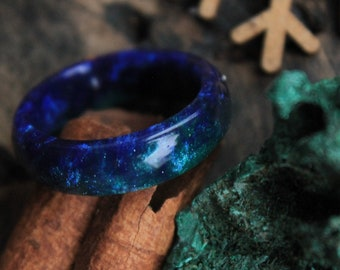 malachite ring eco gift  fluorite ring green ring organic resin ring emerald  jewelry boho hippie ring engagement alternative wedding ring