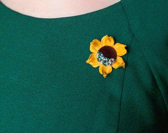 Leather Flower, Flower Brooch, Yellow Flower, Pin, Sunflower Brooch, Scarf Brooch, Leather Brooch, Womens Jewelry, Mother of bride, for mom