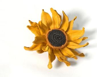 Sunflower brooch, Leather Flower, Flower brooch, Women brooch, Yellow brooch, Flower Pin, Leather, Sunflower Pins, Leather Sunflower