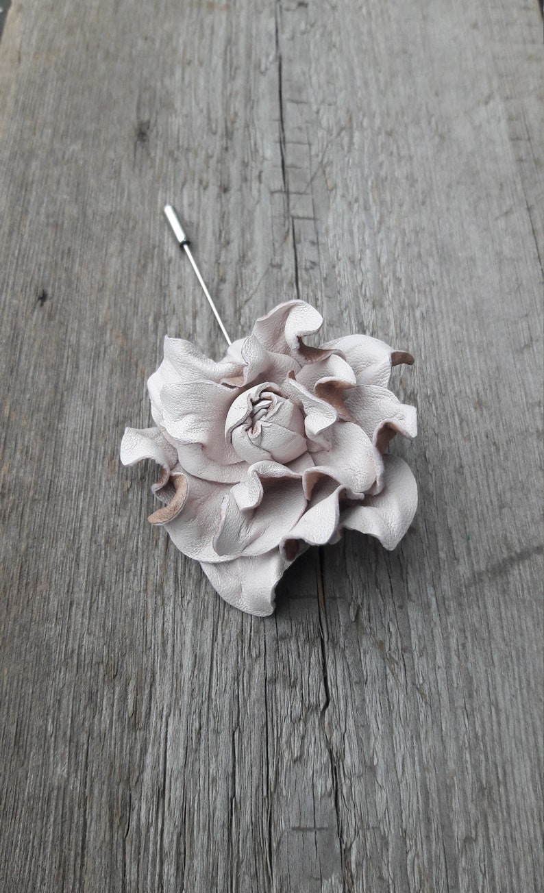 42c6fad7ecdb1 Leather Flowers Lapel Pin Blush pink Brooch Mens Boutonniere for man brooch  stick pin leather brooch jacket pins floral boutonnière, 革花ブローチ