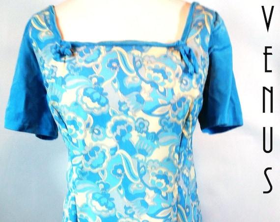 "Plus Size UK 16 Vintage 1960s Psychedelic Maxi  Dress Silky Sky Blue Velvet Mad Men EU 44 US 12 Bust 42"" 107cm"