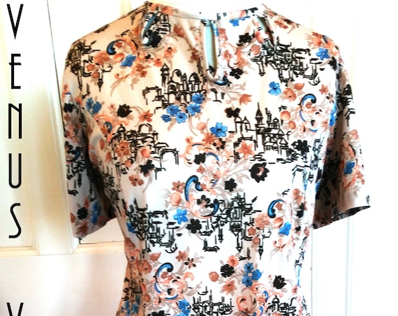 "Plus Size UK 18 Vintage 1960s Shift Dress Novelty Print Graphic Cityscape Mod Mad Men EU 44 US 14 Bust 44"" 112cm"