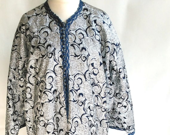 "Plus Size XL UK 22 24 26 1960s Vintage Kaftan Silver Brocade Morroccan Wedding Hippy Beatles Unisex US 18 20 22 Bust to 54"" 137cm"