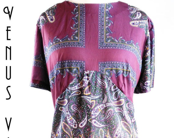 "Plus Size UK 26 Vintage 1970s Dress Plum Lilac Gold Silky EU 54 US 22 Bust 52""  133cm"
