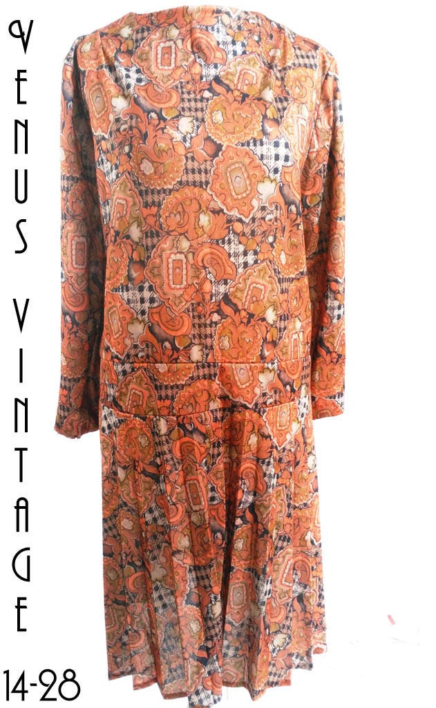 a9f7faa04cd Plus Size UK 26 Vintage 1920s-style Dress Bronze Abstract Geometric Flapper  Downton EU 54 US 22 Bust 52