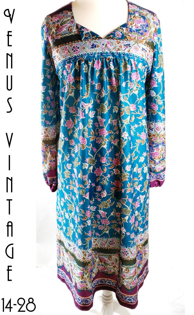 cd65601818b Plus Size UK 22 Vintage 1970s Smock Dress Ethnic Hippie Floral Silky Blue  Pink Boho EU 50 US 18 Bust 48