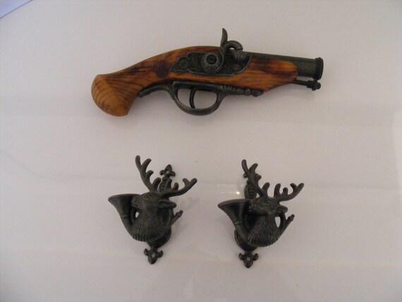 Replica Flintlock Pistol with mounting Brackets
