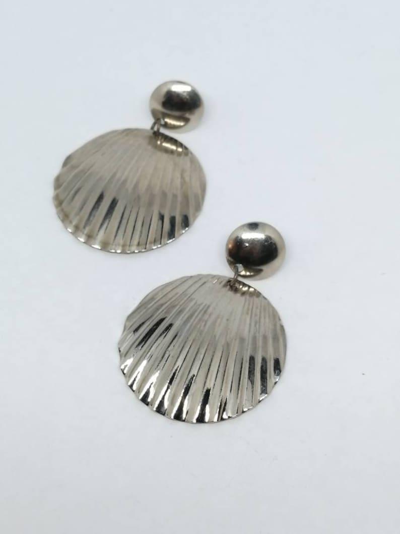 1980s Vintage Shell Drop Earrings