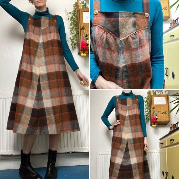 Vintage 60s Brown check pinafore apron  Dress UK 1