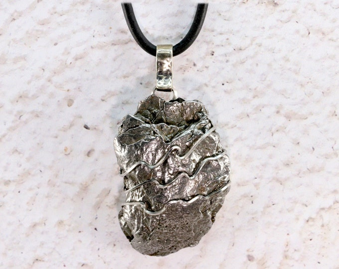 Meteorite Jewelry Pendant Necklace Iron Meteorite Stainless Steel Hand Wire Wrapped Free Black Cord Chain for Men