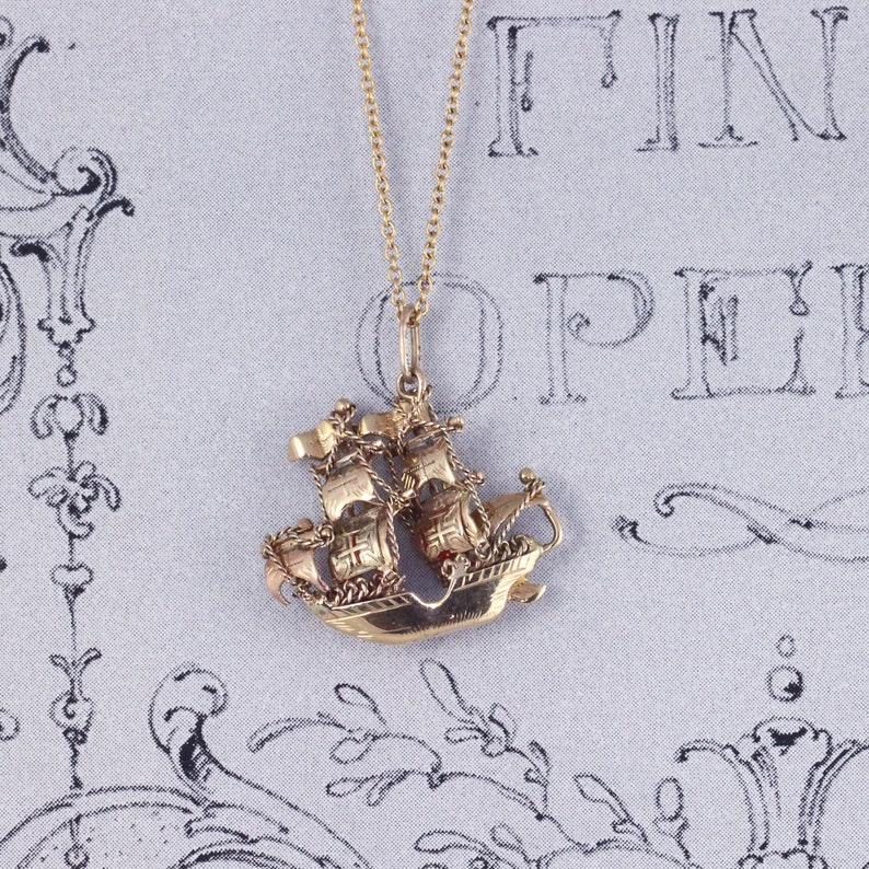 c1af3c8c3785 Vintage Galleon Ship Charm Pendant Vintage 9ct Gold Boat