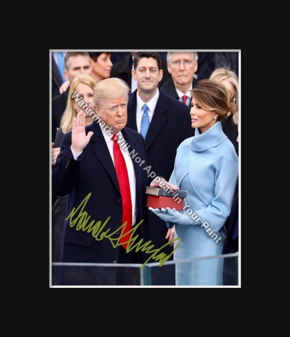 DONALD TRUMP Signed Reprint Make America Great Again Photo 2016 President DT16