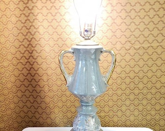 Lamp Victorian urn lamp moss green with leaves metal base antique lighting
