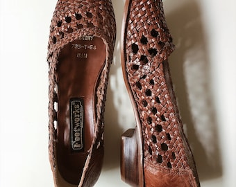 vintage woven brown leather flats