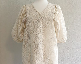 vintage lace peasant sleeve blouse