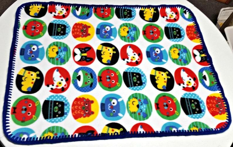 ~ Handmade ~ READY TO SHIP ~ Crochet Edged Fleece *Pets  Cats Dogs Baby Blanket
