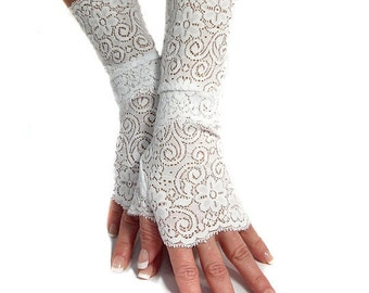 White lace cuffs fingerless gloves