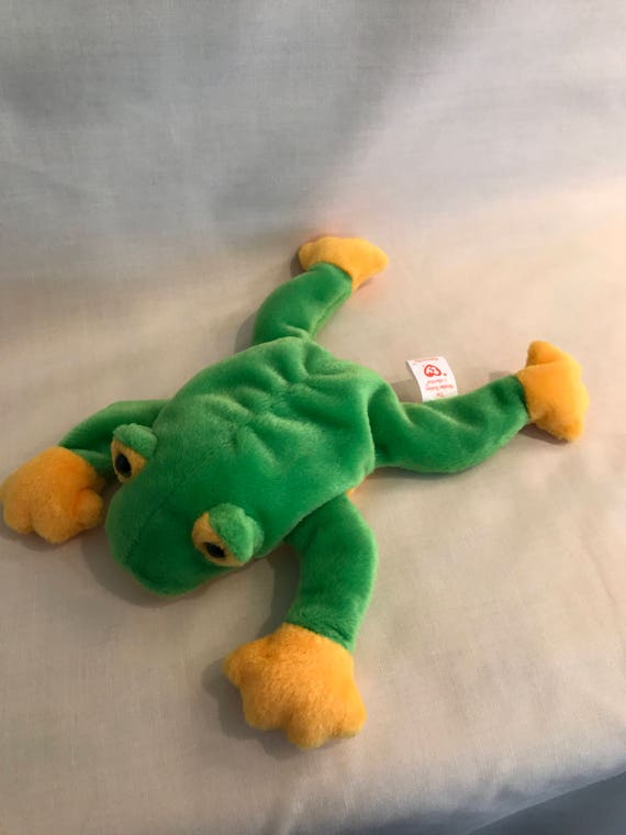 3b02e6bf04a Smoochy the Frog Beanie Baby The Beanie Babies Collection