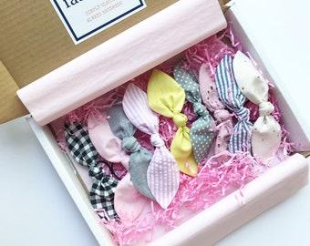 Girls Hair Scarf Gift Box. Girls Bow Gift Box. Bow Box Subscription. Girls Birthday Gift Box. Bow Gift Box. Gift for Girls.