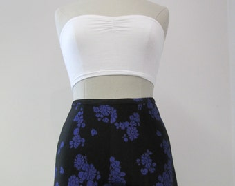 Vintage 1960s Ladies High Waisted Floral Shorts