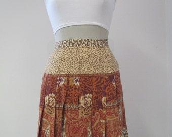Vintage Ladies High Waisted Gypsy Pleat Skirt