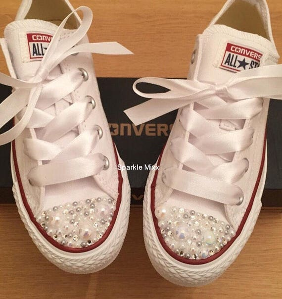 6546e3b43bc1 Adults White Swarovksi Crystal and Pearl Low Converse Bling