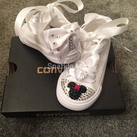 Kids Minnie Mouse White Swarovski Crystal Converse with Heart  86c9aa4f0d9
