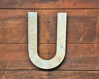 Vintage métal lettre U, Marquee lettre U, lettre métal industriel, signe, lettre mariage