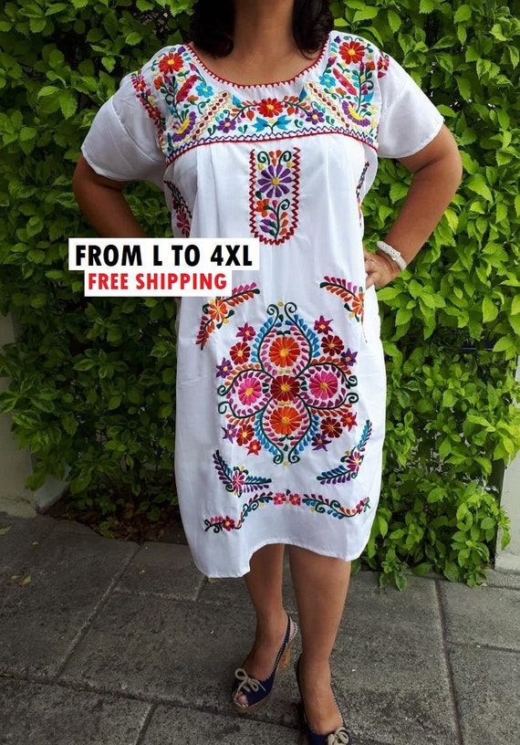 Embroidered plus size Mexican Dress, White mexican dress, Mexican  embroidery dress, Mexican Bridesmaid, Mexican Vintage dress plus size
