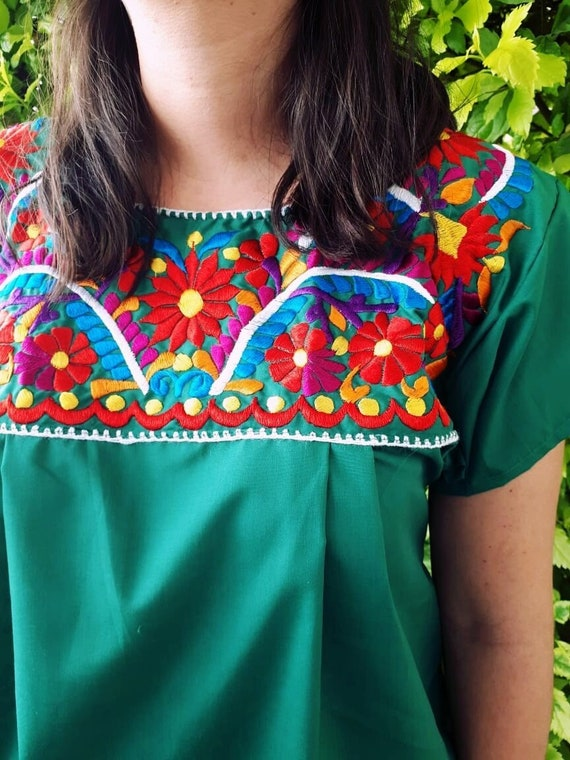 Mexican Green blouse, Mexican Plus size blouse, Embroidered mexican top,  Extra size mexican embroidered shirt, Extra size mexico peasant top