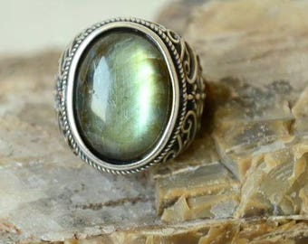 Mens Ring,Lake Green Labradorite Ring,Sterling Silver Ring,Adjustable Size,Crystals Ring,Gift for Him  LR80118134