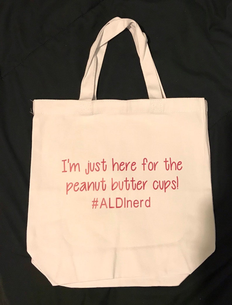 Tote bag mom keeper of snacks aldi nerd love to shop canvas reusable inspirational quote custom recycle bags