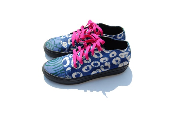 Midi classique africain fait main mixte Sneakers Adire impression impression Adire impression femmes e813f2