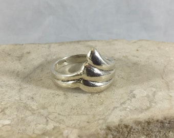 Vintage 925 Sterling Silver JEZ Jezlaine Ring Triple Wave Swirled Layered Beach Surfer Design Size 6.75