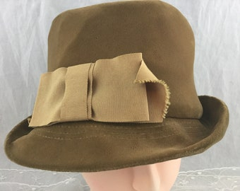 62f387488c2 Vintage Ladies Plush Velvet Taupe Fedora Style Hat Wide Ribbon Detail  Stitched Brim Union Made USA