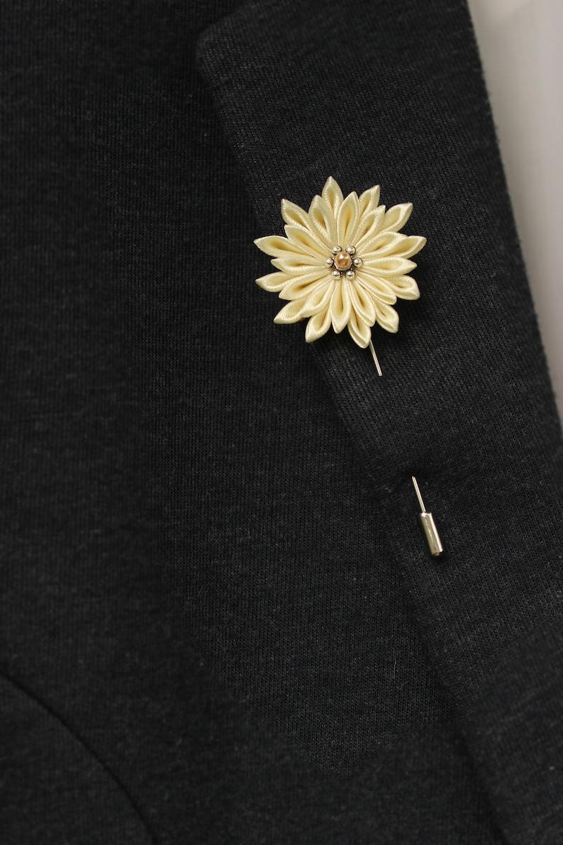 Vanilla Wedding boutonniere for men Cream Lapel stick pin Mens lapel flower pin Lapel brooch
