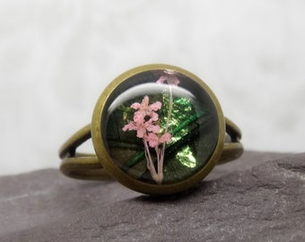 Real flower ring, unique adjustable ring, handmade real flower jewellery, resin jewellery unique, girlfriend gift