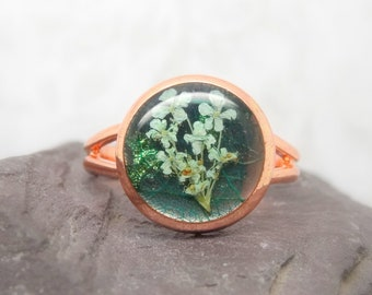 Real flower ring, unique jewellery, adjustable ring, handmade ring, real flower jewellery, resin jewellery, gift for her, terrarium ring