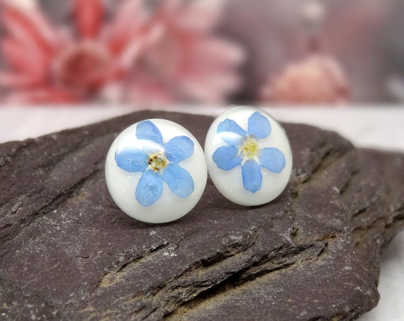 Forget me not earrings, real flower jewelry, pressed flowers jewellery, blue wedding earrings, something blue, real petal jewellery