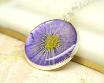 Daisy necklace, real flower necklace, handmade real flower jewelry, unique gift for nature lovers