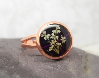 Real flower ring, unique adjustable ring, handmade real flower jewellery, resin jewellery, gift for her, terrarium ring