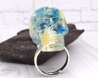 Skull ring, real flower skull, real flower jewelry, resin skull, unique gift, skull pendant, handmade skull