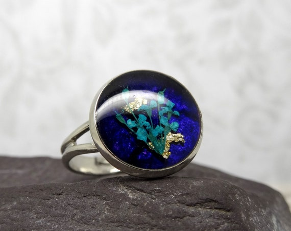 Real flower ring, unique adjustable ring, handmade real flower jewellery, resin jewellery, handmade gift for her