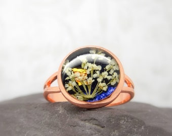 Real flower ring, unique adjustable ring, handmade real flower jewellery, resin gift for her, terrarium ring
