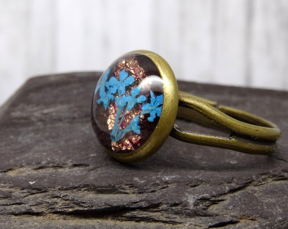 Real flower ring, pressed flower ring, adjustable ring, handmade real flower jewellery, unique resin jewellery , girlfriend gift