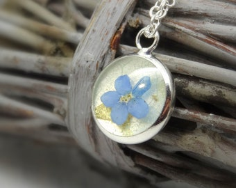 Forget me not  necklace, real flower necklace, unique gift, nature gifts, botanical jewellery, terrarium necklace, nature jewellery