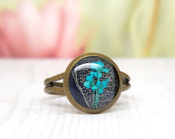 Real flower ring, unique adjustable ring, handmade real flower jewellery, unique resin jewellery , girlfriend gift