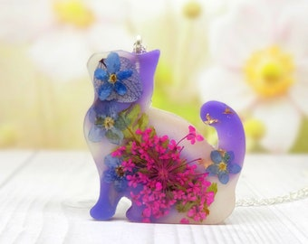 Cat necklace, real flower necklace, real flower accessories, cute cat jewelry, cat lover gifts, crazy cat lady, eco and vegan friendly