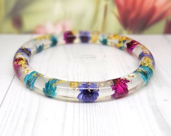 Real flower bangle, real flower bracelet, daisy real flower jewellery, resin jewelry, pressed flowers bangle bracelet, botanical jewelry