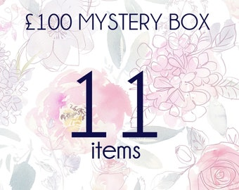 Mystery box with 11 pieces of real flower jewellery, mystery jewellery, surprise gift, handmade unique gift box for her